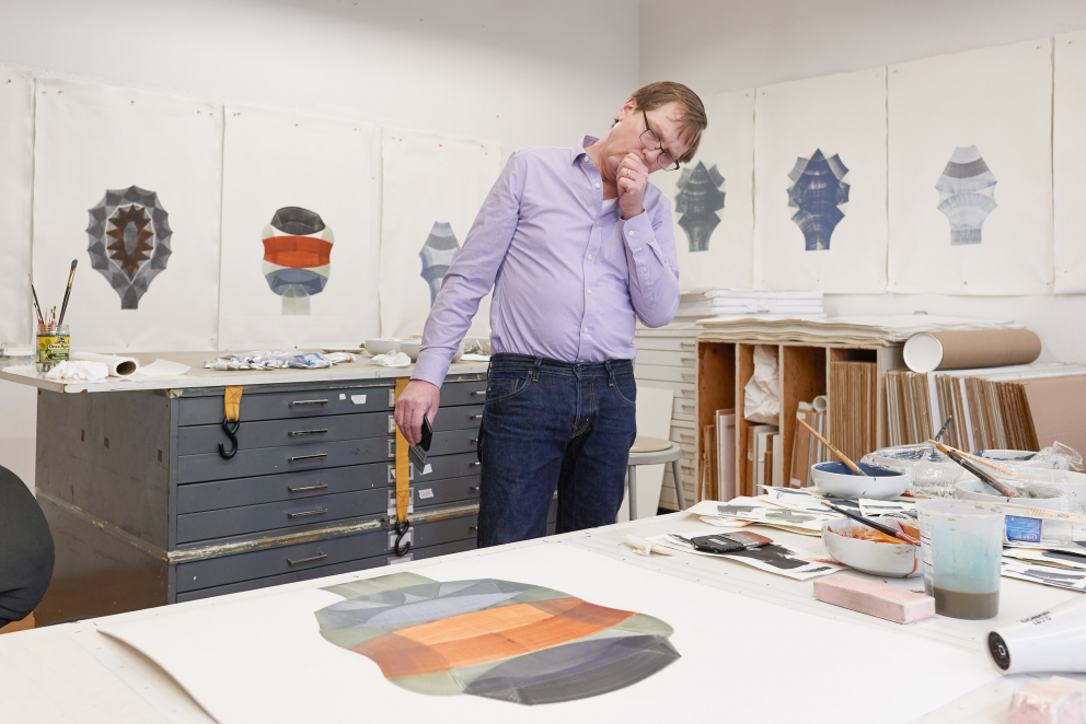 "Dan Walsh at work on his ""Figures"" series of monotypes, 2019"